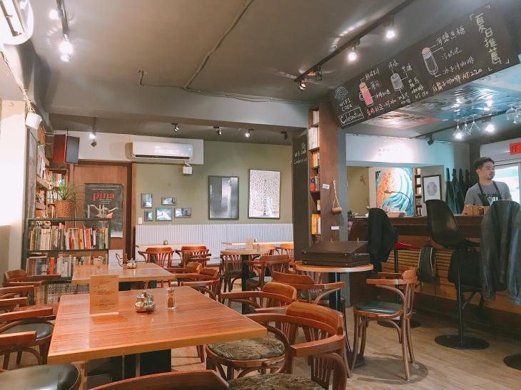 穆勒咖啡館 店內